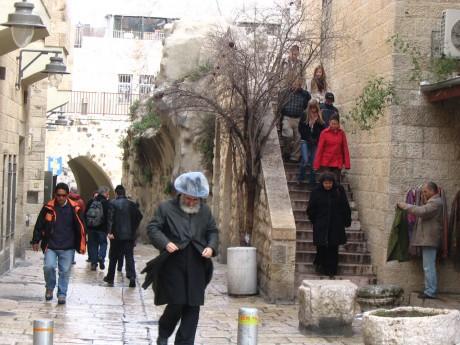 2-26 92b dans le quartier juif