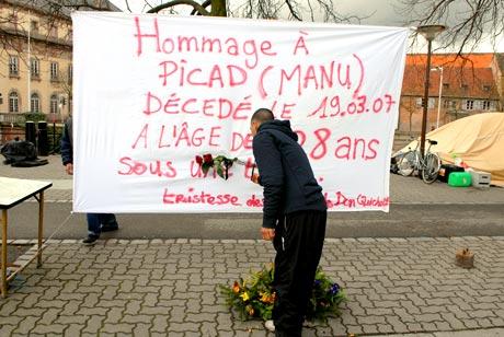 Saison touristique à Strasbourg: la Ville va dégager les SDF du Pont Saint-Guillaume
