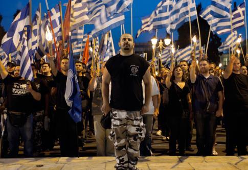 GRÈCE : Un ancien membre d'Aube dorée témoigne
