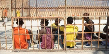 Les États méditerranéens rêvent-ils d'une « Papouasie européenne » où enfermer les boat-people ?