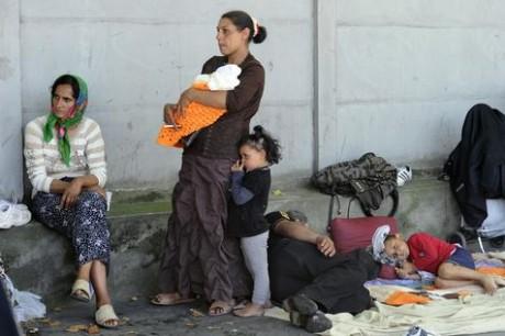 530824-roms-immigration