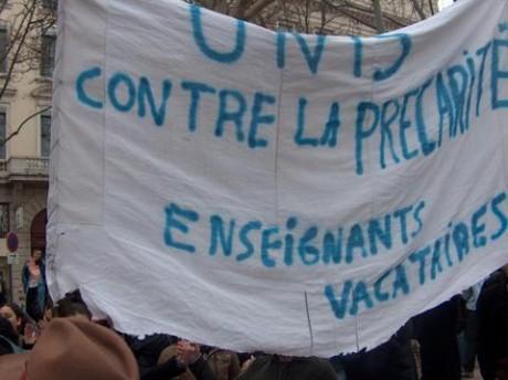 Mobilisation des vacataires précaires de l'Université Lyon 2. La présidence veut virer les militant-e-s en lutte !