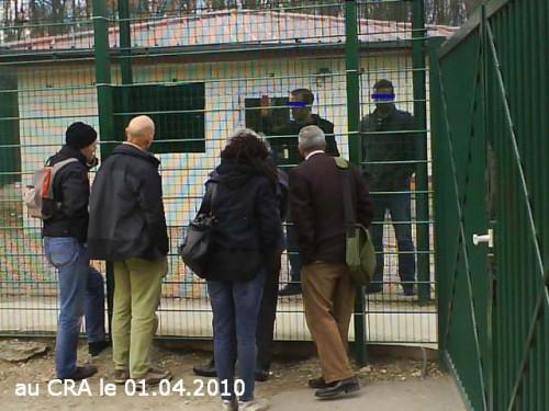 Pour un droit d'accès associatif dans les lieux d'enfermement des étrangers