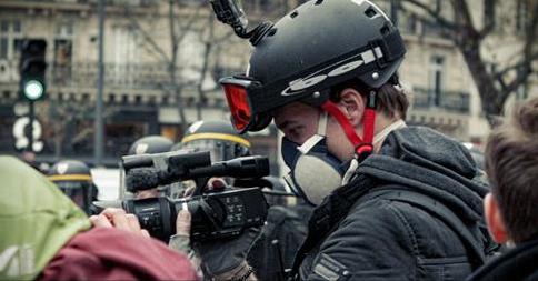 Le journaliste-fondateur de Taranis News Gaspard Glanz a été arrêté par la police.