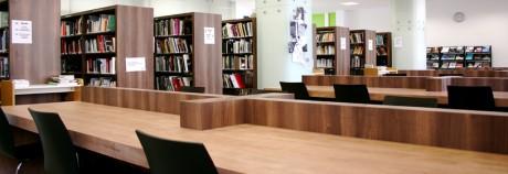 Pétition contre la censure dans les bibliothèques universitaires.