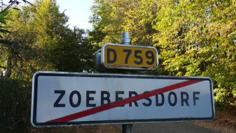 Rassemblement antifasciste après les tags à Zoebersdorf