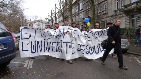 université_de_strasbourg_contre_laustérité_f2c
