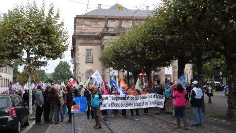L'Intersyndicale Fonction publique au complet dans la rue à Strasbourg