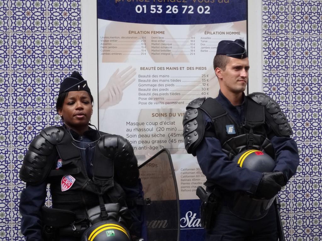 migrants_grèce_paris_feuille2chou