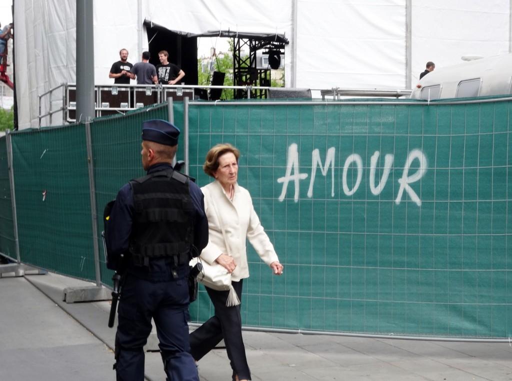 crs_amour_paris_feuille2chou