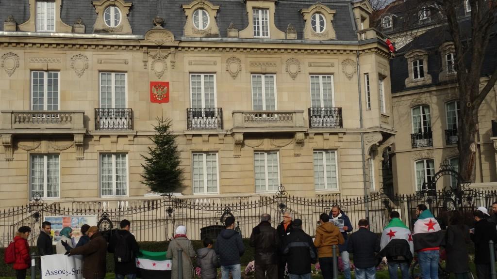 Soutien à Alep : deux rassemblements spontanés devant le consulat russe à Strasbourg