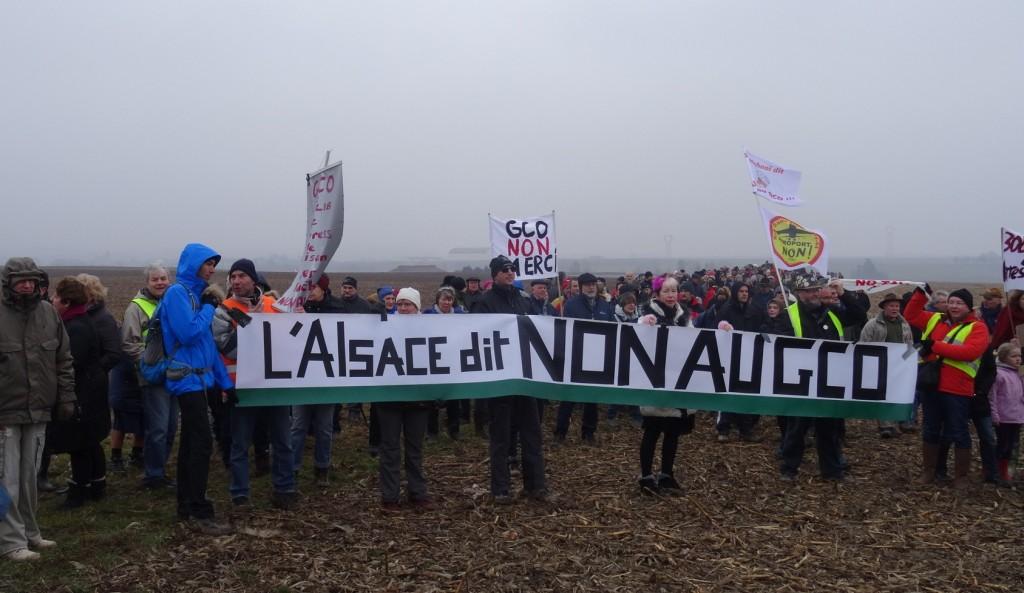 5ème Marche des cabanes anti-GCO