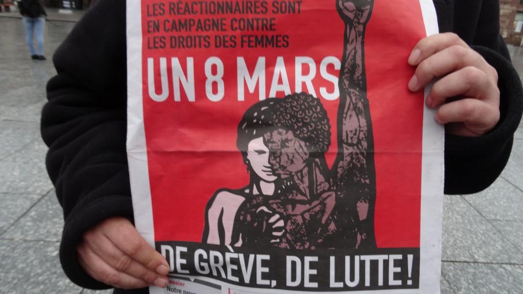 8 mars 2017 15 h 40 femmes en grève pour l'égalité des droits