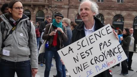 marche pour les sciences f2c