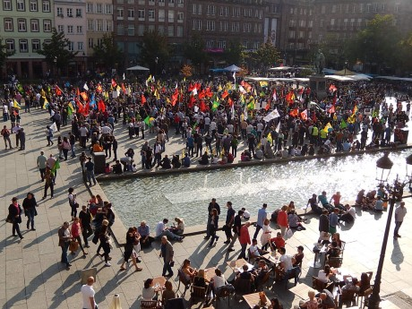 Manifestation de Kurdes européens contre la barbarie de DAESH à Strasbourg