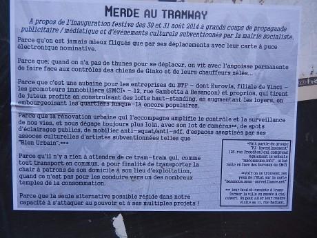 merde_au_tramway_besançon_f2c