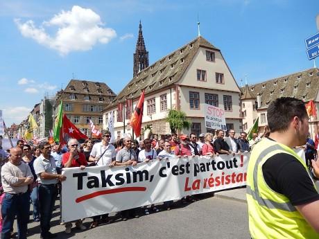 Les unes des DNA au lendemain de Taksim [vidéos] à Strasbourg, par Acrimed 67, suivi d'un communiqué Acrimed