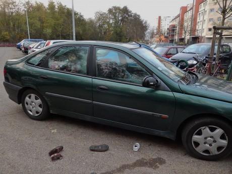 Une famille de six personnes, dont un bébé de un mois, survit dans une voiture depuis deux ans à Strasbourg