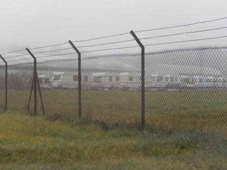 Une tête de liste frontiste à Paris veut «concentrer» les Roms «dans des camps»