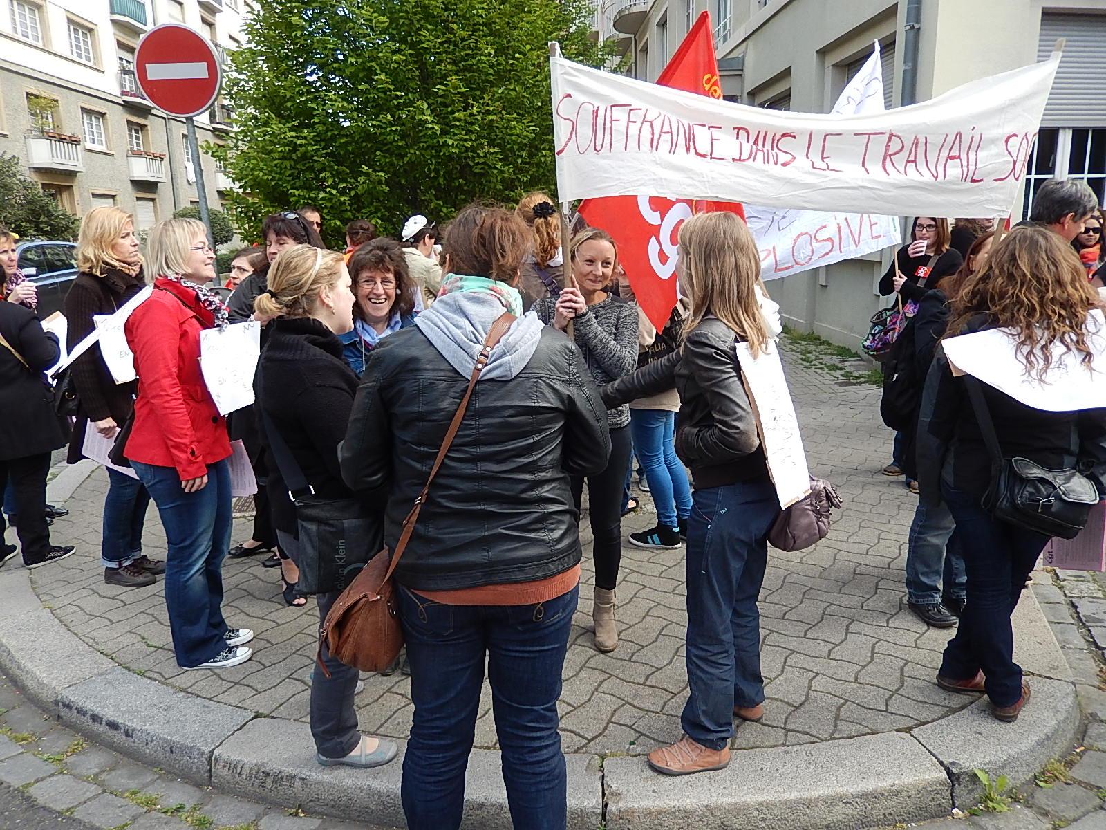 Grèves et manifestations à Strasbourg: Centres médico-sociaux et Senerval unis devant la CUS