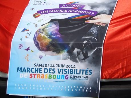 Plusieurs milliers de personnes à la marche 2014 des visibilités à Strasbourg pour un monde rainbow