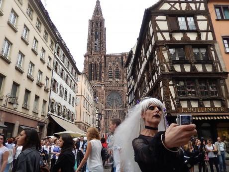 selfie trans' cathédrale f22c