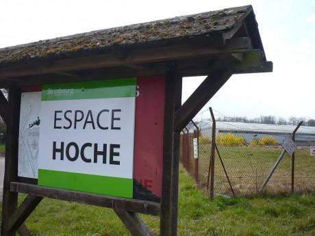 NOTRE DOSSIER : « Espace Hoche », un camp pour Roms, grillagé et surveillé, à Strasbourg, siège de la Cour européenne des Droits de l'Homme