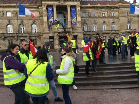 Mensonge et erreurs dans le récit d'une action gilets jaunes à Strasbourg
