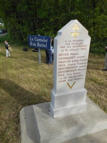 """""""Israélites héricourtois déportés1942 à 1944"""", précédé de """"Hommage à Résistance à Marlieux"""", suivi de Bourg-en-Bresse: le juillet noir de 1944, par Robert Abécassis"""