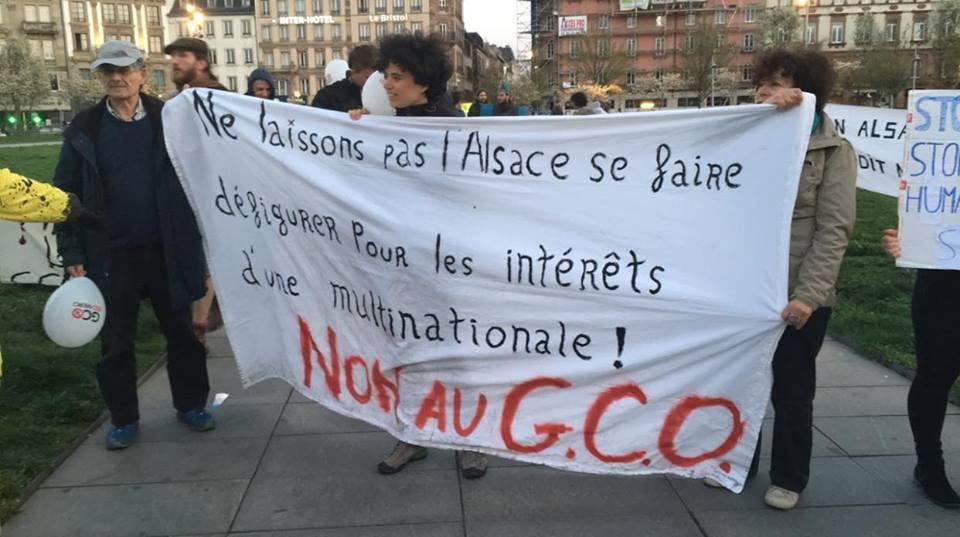 Péage Vinci pour l'arrivée de François Ruffin en Gare de Strasbourg et rassemblement place Kléber