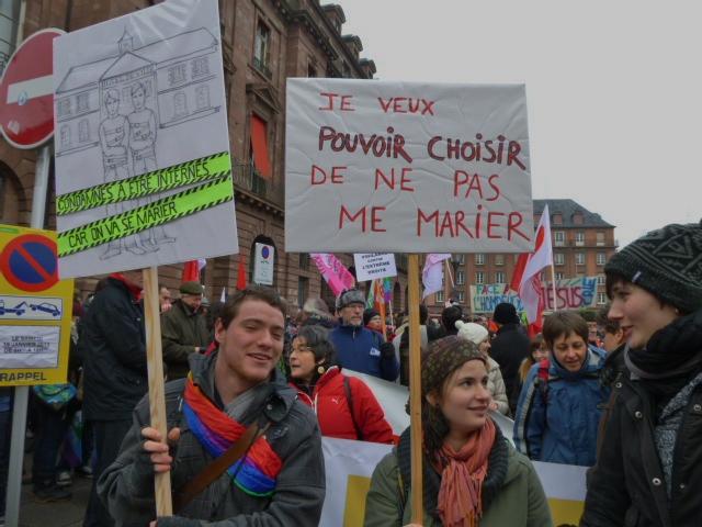 3800 manifestants à Strasbourg pour le mariage pour tous-tes