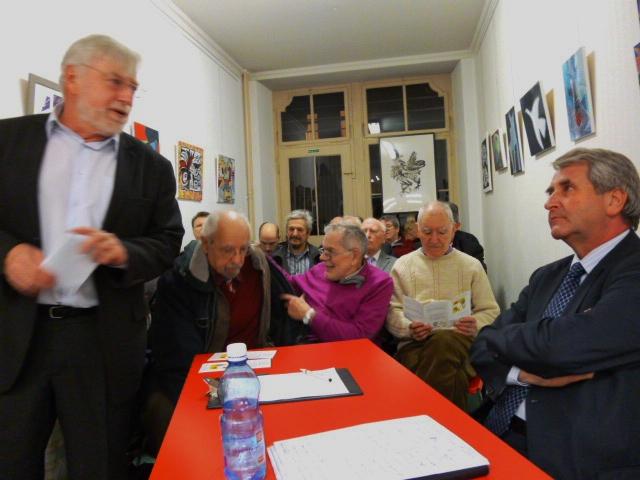 Philippe Richert fait campagne pour la Collectivité territoriale d'Alsace au Centre culturel alsacien