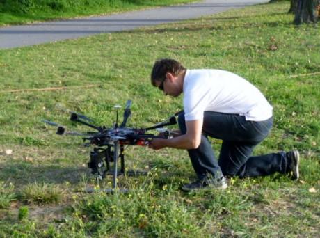 Un drone au dessus du Rhin à Kehl