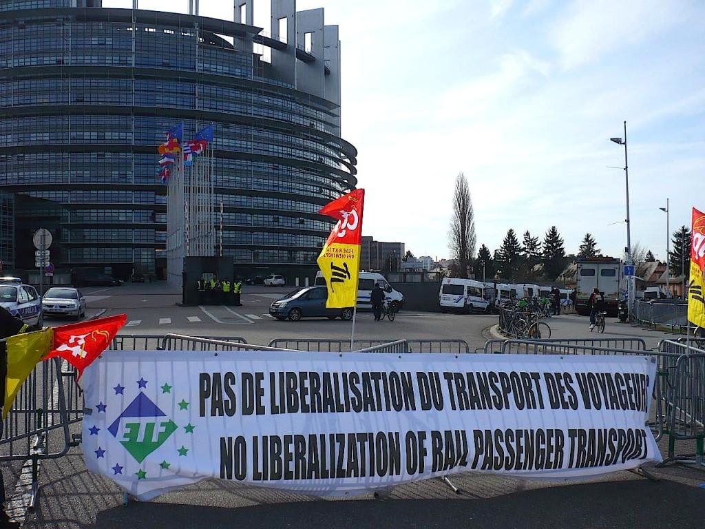 Les cheminots de toute l'Europe manifestent à Strasbourg contre le 4e paquet ferroviaire