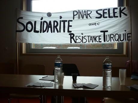 Conférence de presse autour de Pinar Selek après le procès en cassation à Ankara