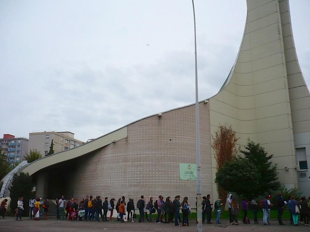 Strasbourg en 2014 : La jeunesse est dans la rue pour un panier-repas