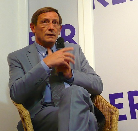 Robert Herrmann, (socio?)-libéral, présente l'Eurométropole Strasbourg