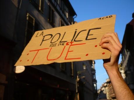 Strasbourg : Marche en hommage à Rémi Fraisse et aux victimes des violences d'État