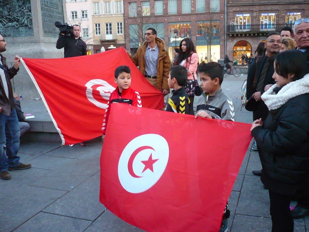 Rassemblement de soutien au peuple tunisien après l'attentat au musée du Bardo
