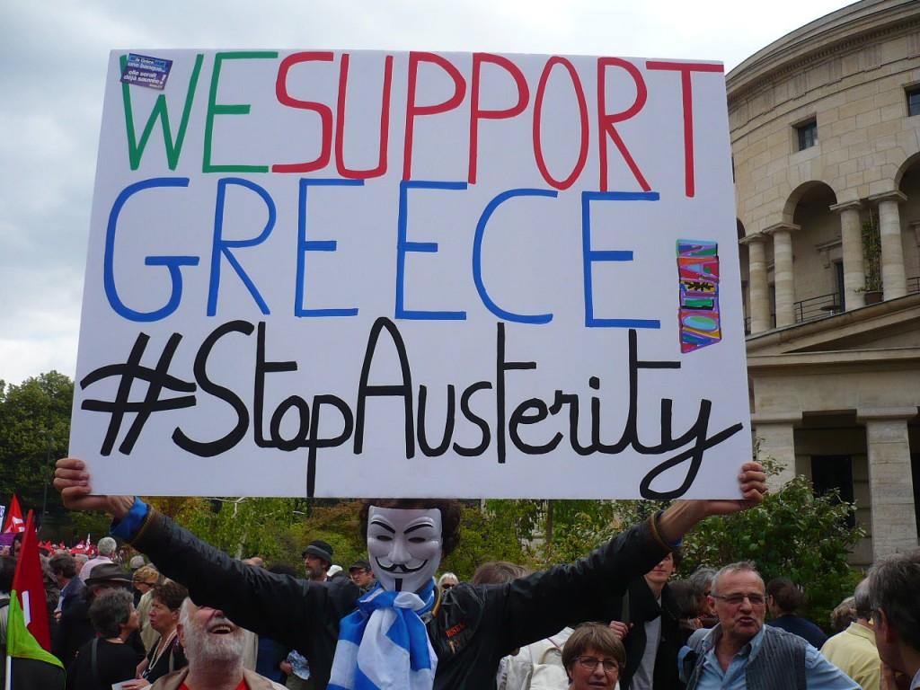 Manifestation contre l'austérité en solidarité avec le peuple grec et manifestation de soutien aux migrants chassés et expulsés