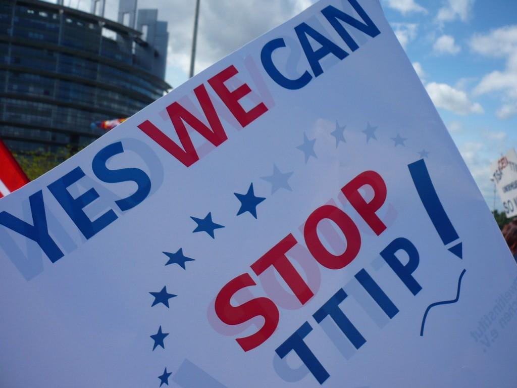 OXI TAFTA et Tsipras au Parlement européen