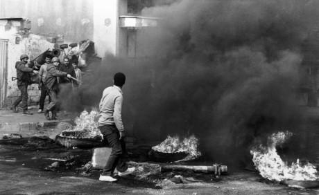 Les 25 ans de la Première Intifada en images