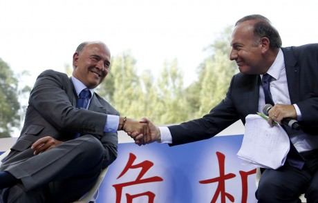 """Moscovici, ministre """"socialiste"""" à l'université d'été du Medef"""