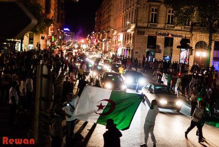 """""""Pourquoi, dans le centre-ville de Lyon, une scène de liesse se transforme en émeute""""?"""