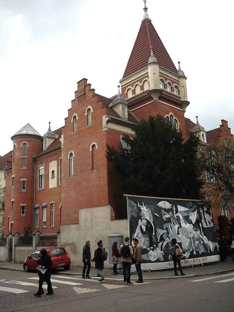 Guernica 1937 – Homs 2012