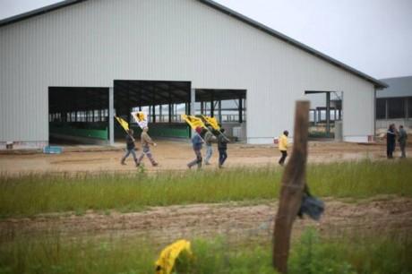Action contre l'usine des « Mille vaches » : une institutrice à la retraite raconte ses 48h de garde à vue