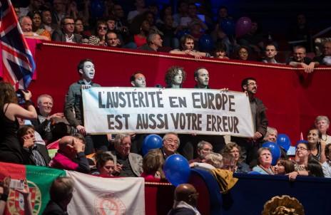 « L'austérité en Europe est aussi votre erreur » : un ange passe au meeting PS