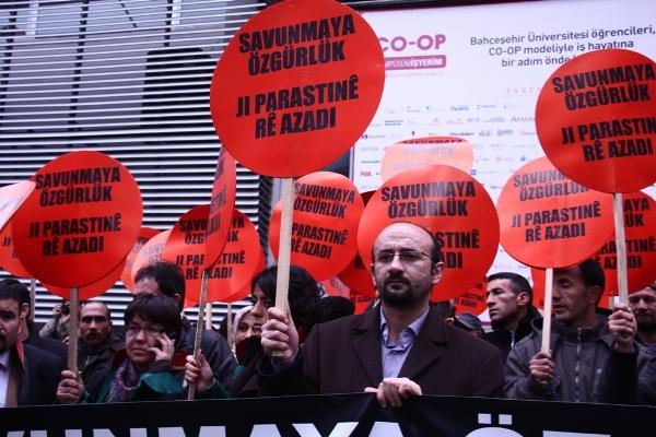 """Les avocats français """"indignés"""" par la situation de leurs confrères turcs"""