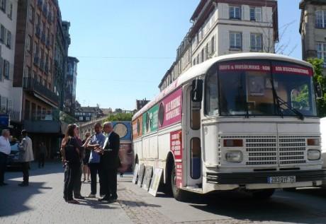 Le Bus de l'Amitié Judéo-Musulmane à Strasbourg