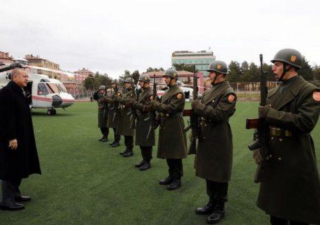 Avec l'offensive en Syrie, la démocratie turque connaît un nouveau recul